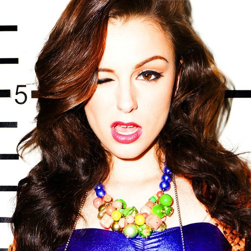 Cher Lloyd's makeup... note to self: cave and buy liquid liner