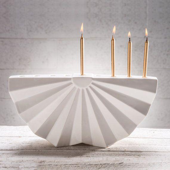 Origami מנורת חנוכה | Hanukkah Menorah | Chanukiah from Tel Aviv inspired by Japan on Etsy