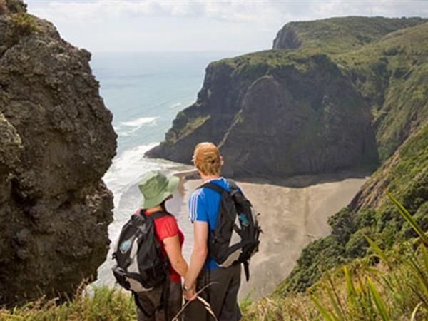 AUCKLAND WALKING TOURS FULL DAY. Fully-guided walking tour through remote parts of the Waitakere Ranges. TIME UNLIMITED TOURS.