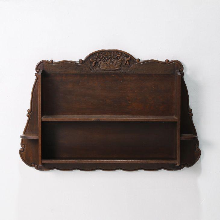 フランスアンティーク家具のウォールラック  商品ID32438 商品名アンティーク ウォールラック(シェルフ) 輸入国フランス 年代1920 材質オーク材 サイズ横幅:855 奥行:145 高さ:575mm 重さ:5.5kg 業販価格¥34,900 (¥37,692 税込)  #ラック #シェルフ #ウォールラック #ウォールシェルフ #吊り戸棚 #インテリア #interior #アンティーク #antique #アンティーク家具 #antiquefurniture #アンティーク家具屋 #アンティーク家具販売 #イギリスアンティーク #イギリスアンティーク家具 #イギリスアンティークマーケット #英国アンティーク #英国アンティーク家具 #フランスアンティーク #フランスアンティーク家具 #フランスアンティーク雑貨  http://www.antique-flandre.com/products/detail10078.html