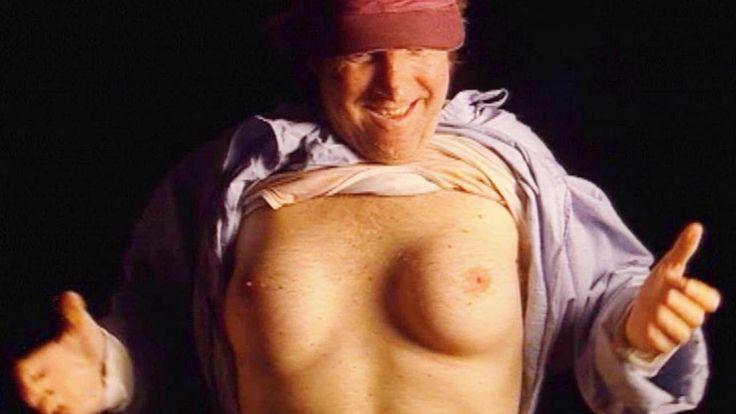 Brian Zembic è uno scommettitore e giocatore d'azzardo. Quando gli offrono 100.000 dollari per farsi aumentare il seno accetta, ma poi accade l'incredibile
