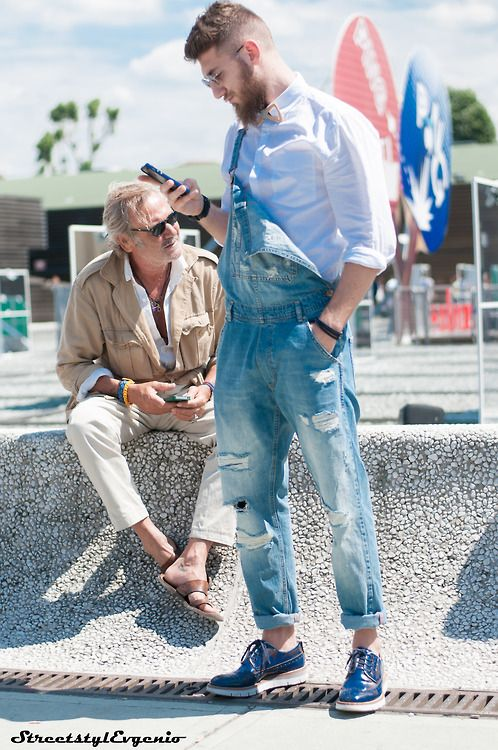 distressed overalls for a casual summer look // menswear summer style + fashion