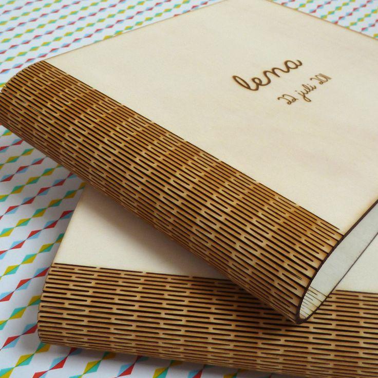 Book from wood made with a lasercutter by De Boktor En Zijn Baasje!