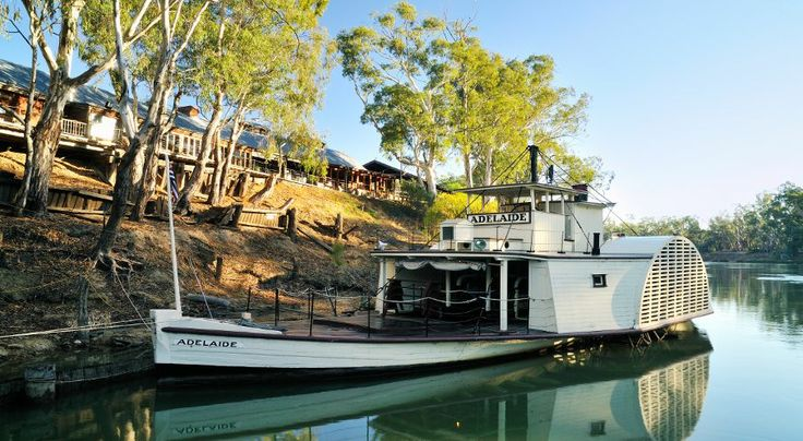 ps adelaide, the oldest operating wooden hull paddlesteamer