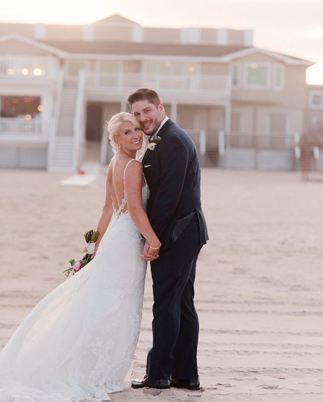 New Jersey Wedding Photographer Nj Weddings Bride Groom Monmouth County Photographer Wedding Photograp Nj Weddings Wedding Poses Beach Wedding Photography