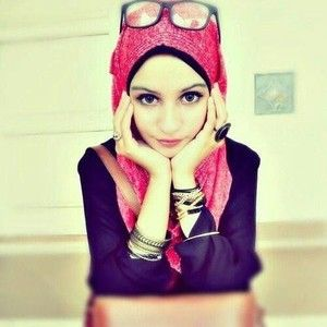 She is so cute with modern hijab