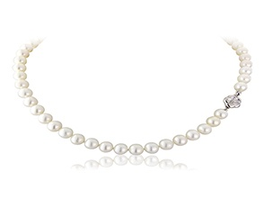 """Hepburn"" - Classic pearl necklace with floral clasp detail"