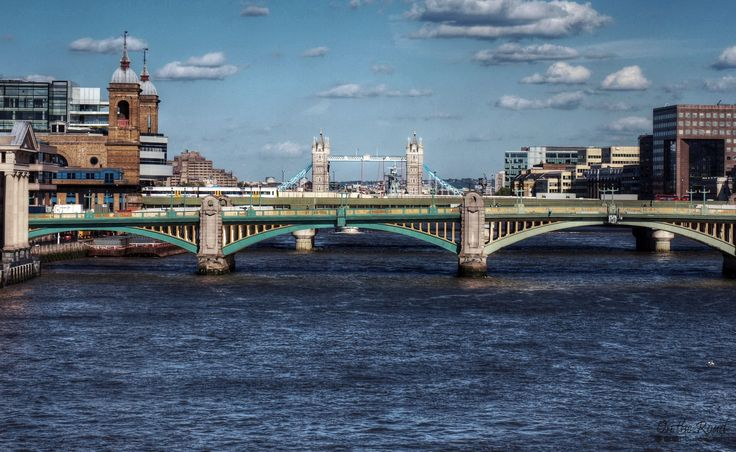 My favorite part of London? Well, one of my favorite parts… is its bridges. There are not two alike and the views over river Thames are simply spectacular!