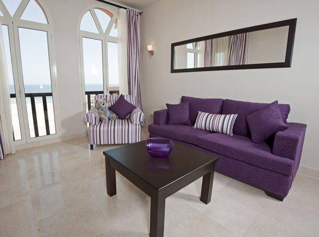 Die besten 25+ Wohnungseinrichtung lila Ideen auf Pinterest Büro - wohnzimmer schwarz weis lila