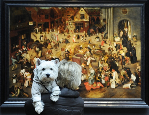 Woman Looks At The Painting The Battle Between Carnival And… News Photo | Getty Images | 135087750
