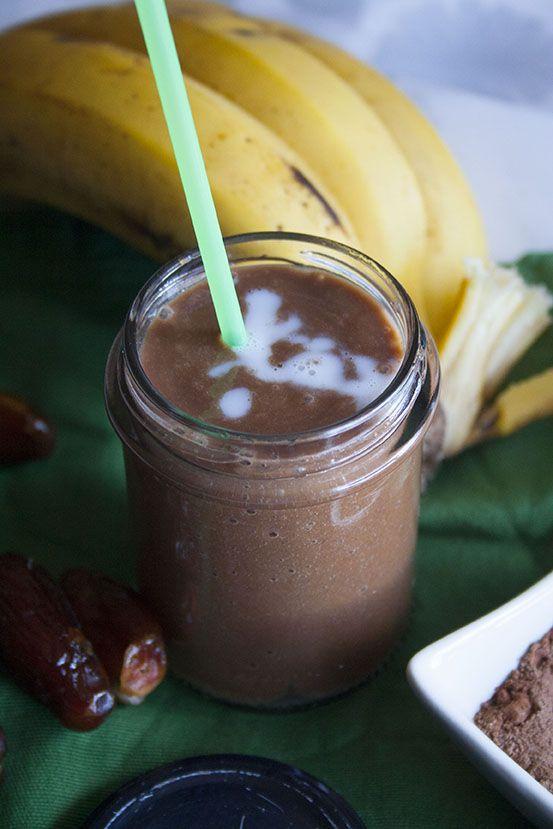 Frullato di banane, cacao e datteri
