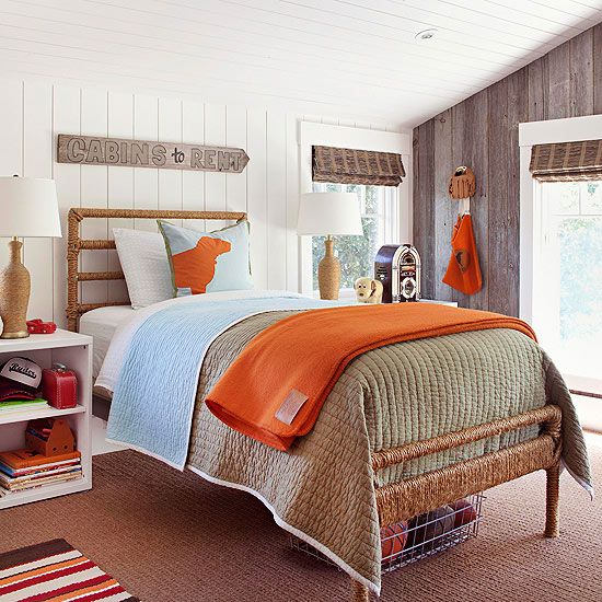 Country strong wood planks on the walls and ceiling give for Awkward shaped bedroom ideas