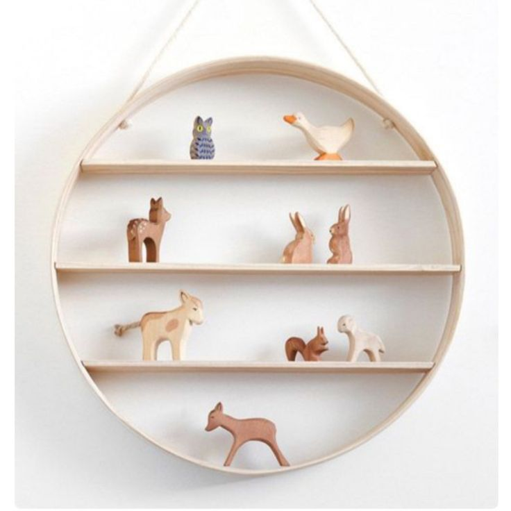 The Sitting Squirrel | noc noc wooden toys