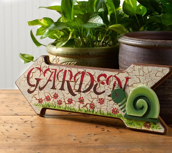 combine your crafting hobby with your gardening hobby and create an eye catching garden sign