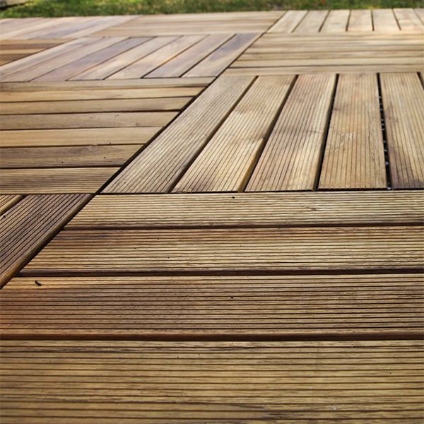 Oltre 10 fantastiche idee su giardini in legno su pinterest - Recinzione piscina legno ...