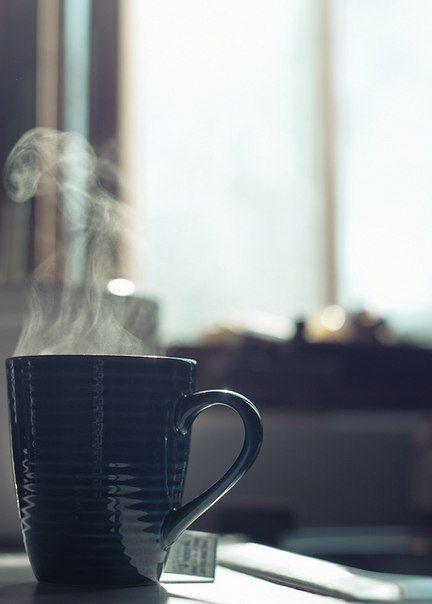 secangkir teh panas yang menikmatkan. . . #artistik