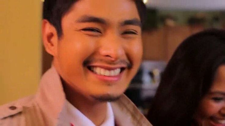 "This is the handsome Coco Martin surprising a Filipino-American Family in Los Angeles, California, U.S.A. during the taping of the 2011 ABS-CBN Christmas Station ID, ""Da Best ang Pasko ng Pinoy."" #CocoMartin #IdolongMasa #DaBestPasko #DaBestangPaskongPilipino #DaBestangPaskongPinoy #ABSCBNChristmasStationID"