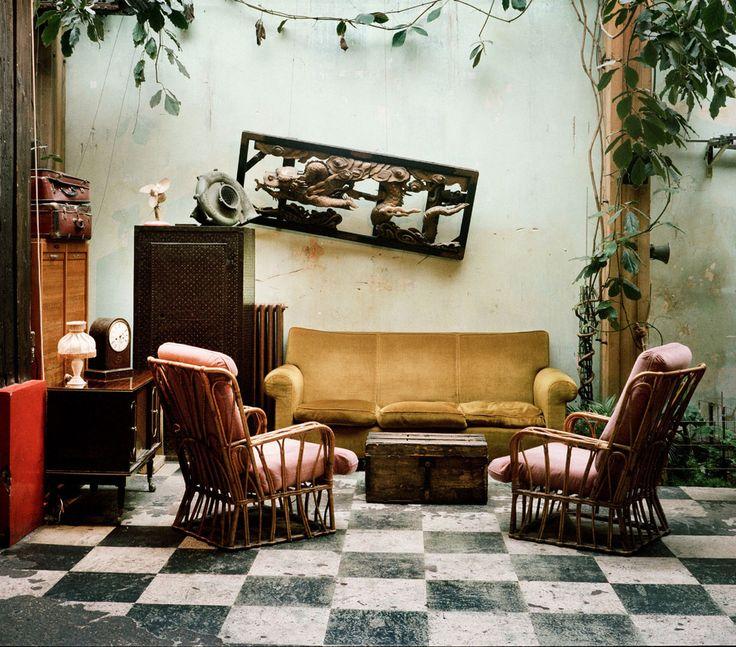 Les meilleures adresses de Mica Arganaraz à Paris Comptoir général bar sortir club paris http://www.vogue.fr/voyages/adresses/diaporama/les-meilleures-adresses-de-mica-arganaraz-paris/23444#les-meilleures-adresses-de-mica-arganaraz-paris-4