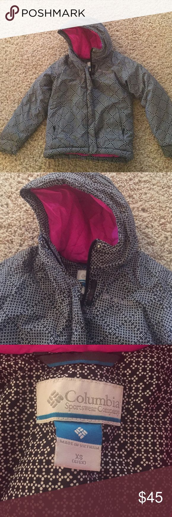 Girls Columbia coat XS 6/6x Size XS 6/6x Columbia coat. Black with white and pink liner. Zipper closure with velcro. Pockets are zipper closure. In good condition, only worn part of a winter season. Columbia Jackets & Coats Puffers