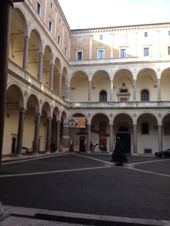 The entrance to the Da Vinci Museum