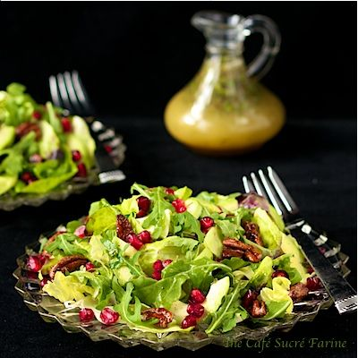 Avocado & Pomegranate Salad with Honey-Citrus Vinagrette & Pecans fro...