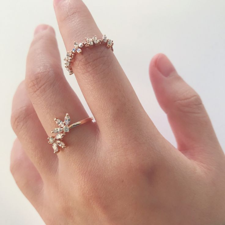 Maple Leaf Ring & Winter Flower Ring (rose gold)