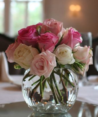 centerpiece with small bowl. Decorate your home with small vases of pink and white flowers this February for Valentine's Day