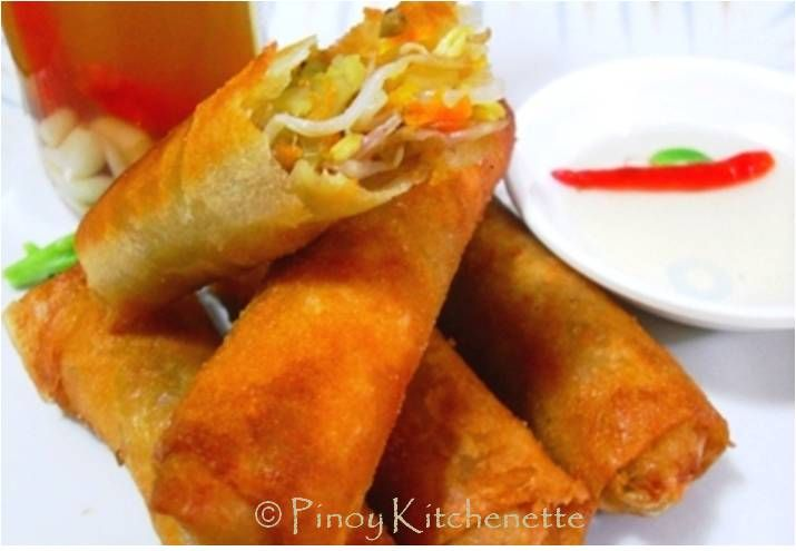 Pinoy Kitchenette: Lumpiang Togue (Vegetable Spring Rolls)