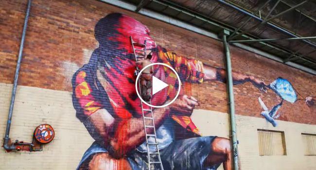 Marca De Tintas Convida Graffiters a Pintar Um Armazém Abandonado, o Resultado é Extraordinário