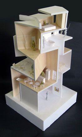 Gallery S by Akihisa Hirata Architecture Office Maquette,  utilisée par les architectes ou designers, c'est une réplique de l'objet à plus petite échelle (soit pour vérifier les proportions ou s'assurer de sa tenue et en avoir un résultat abouti avant de le produire à taille réelle) il peut être fait en carton, carton plume, papier ...