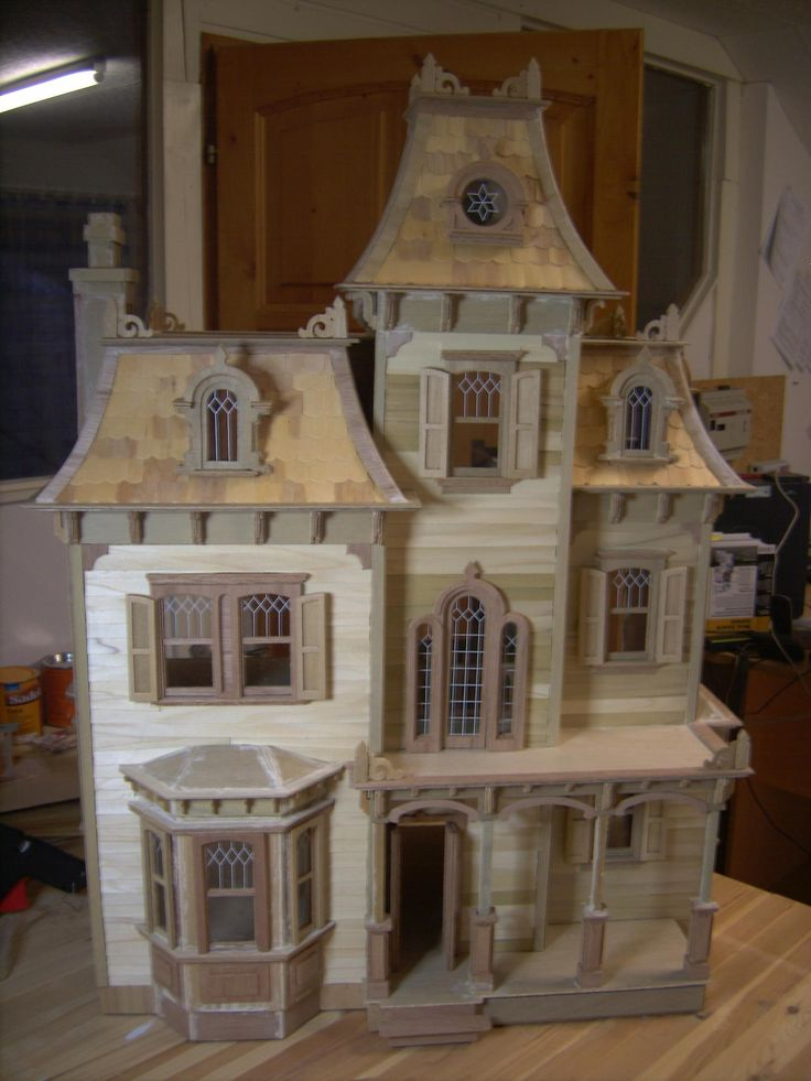 Beacon Hill Finished My First Dollhouse The Greenleaf