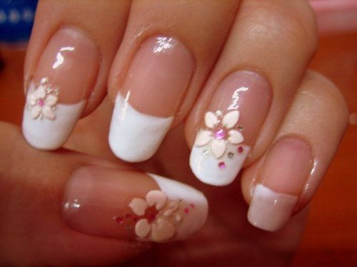 French Nails mit Blumen