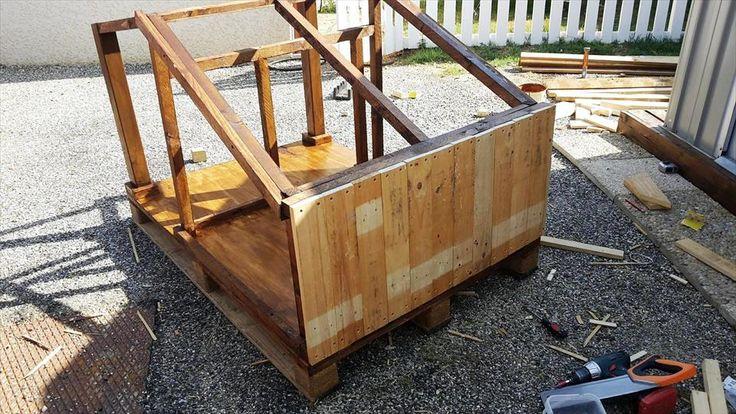 pallet dog house installation