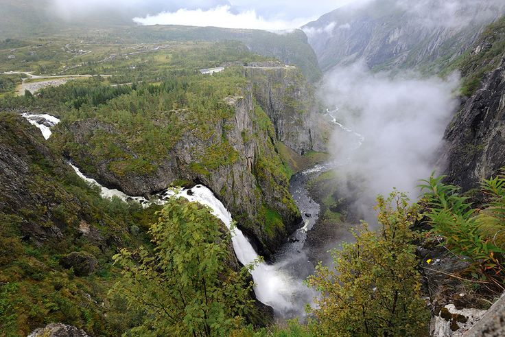 Vøringsfossen waterfall, one of Norway's best known natural attractions, seen from the floor of the Måbødalen valley.   Foto: Sigmund Krøvel...