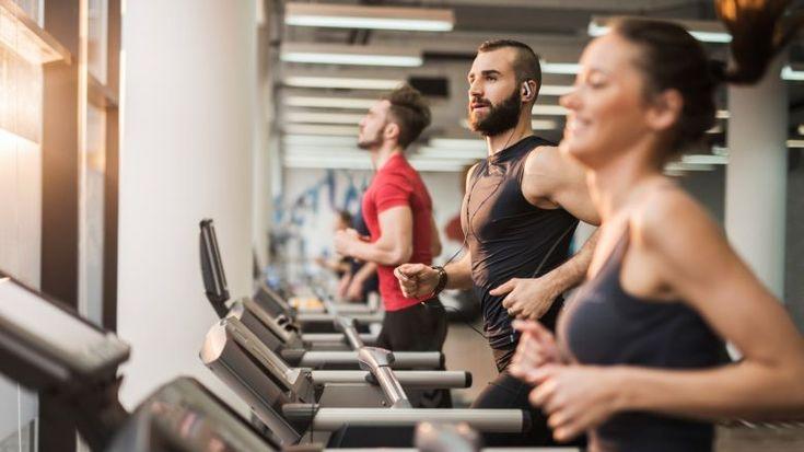 Dimagrire passando dalla camminata alla corsa: bruci 300 calorie in 30 minuti