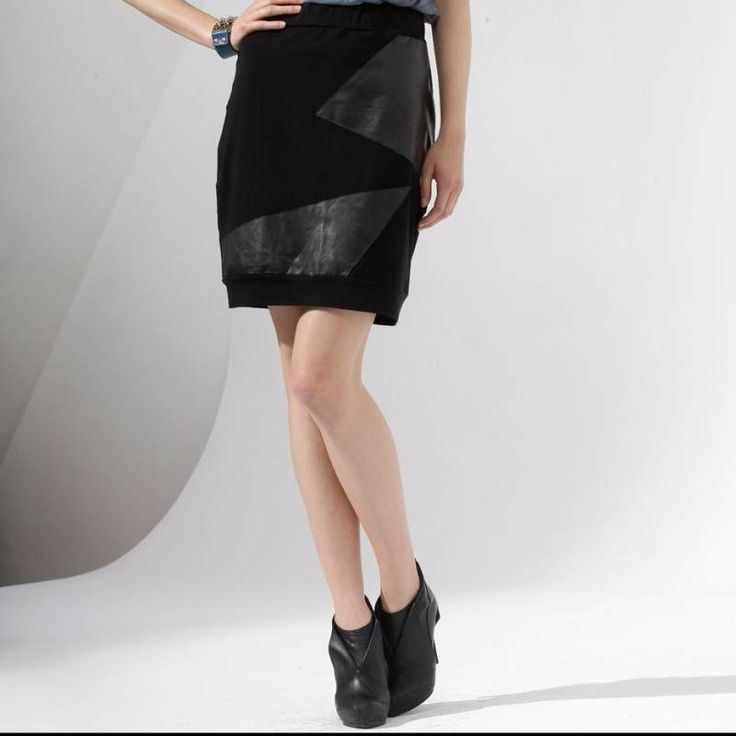 Geometric leather skews decorate this midi skirt, which will enliven even the most conservative styling. Ideal for women who enjoy elegance and natural leather.Design Edyta JermaczSize: oversize 36/40lenght: 50 cmwaist: 34 cmhips: 42 cm Material: cotton with elastane, natural leatherHand wash