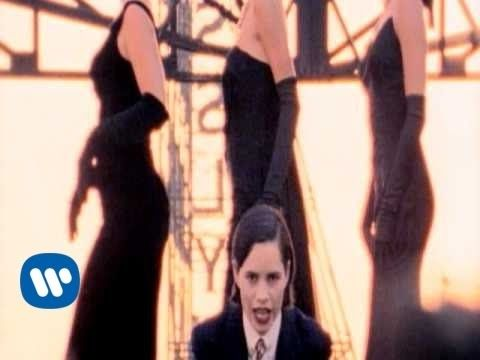 10,000 Maniacs - Candy Everybody Wants (Video)