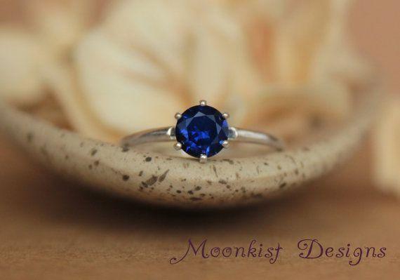 Vintage Style Tiffany Blue Sapphire Solitaire par moonkistdesigns
