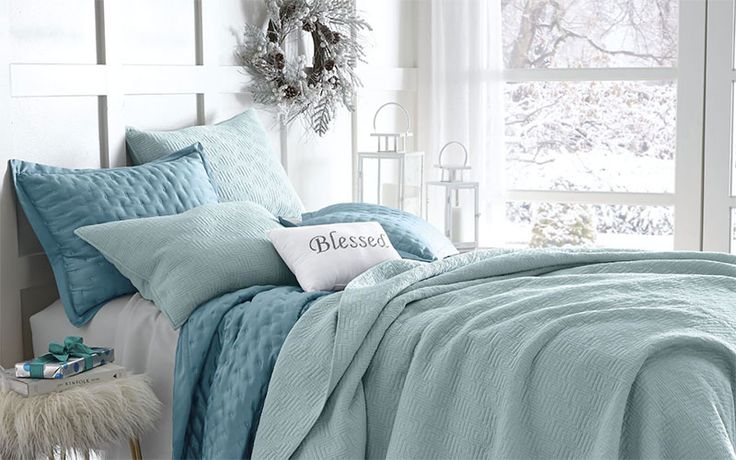 Make Them Feel Right At Home With These Guest Room Decorating Ideas