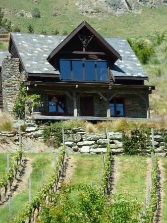 Stoneridge estate honeymoon cottage