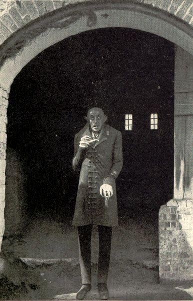 Max Schreck in Nosferatu (1922), one of the greatest Dracula movies of all time. Silent, in black and white, but ABSOLUTELY scary vampire movie.