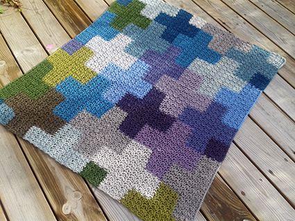 Pusletæppe/Puzzle blanket. Hæklet babytæppe/crochet baby blanket. Se flere designs på www.FalkenbergHomemade.dk