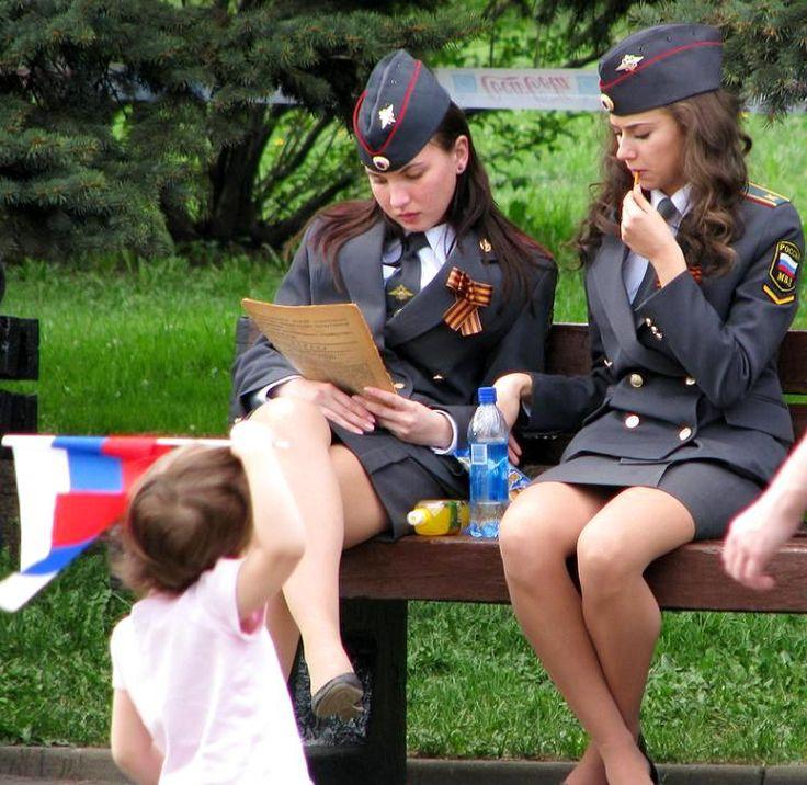 голые сотрудницы милиции фото