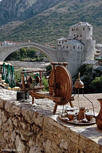 Bośnia i Hercegowina - Mostar Bosnia and Herzegovina - Mostar #citycenter #most #widok #vacation #vacationineurope #travel #travelaroundtheworld #traveller #starimost #mostar #travel #journey #bosniaandherzegovina #europe #eu #summertime #summer #holidays #july #2009 #starymost #adventure #balcans ##bałkany#journey #unesco