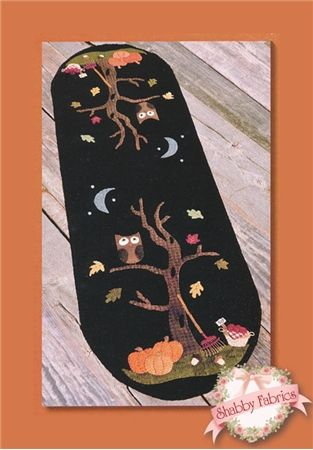 """An Autumn Mood: Bring """"an autumn mood"""" to your table with this wool applique table runner! Pattern includes all instructions for the 36"""" x 11"""" runner."""