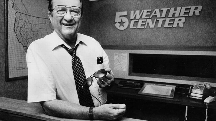 The late KXAS/Channel 5 weather anchor Harold Taft tracked a cutout Santa on radar every Christmas Eve from 1956 through 1989.
