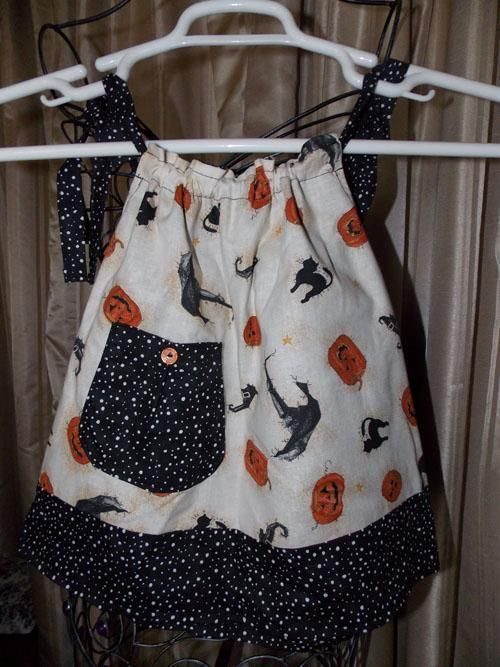 Reversible Halloween Pillowcase Dress Contrast Fabric for the Ties sz 12 Months & Best 25+ Halloween pillowcase dress ideas on Pinterest ... pillowsntoast.com
