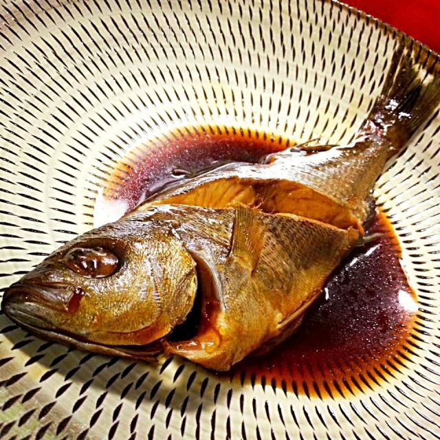 生姜がなくて、針生姜できず…(笑) だしパックにチューブの生姜入れて煮たわ… でも、いさきの煮付けもめちゃくちゃ美味しいね‼ - 90件のもぐもぐ - いさきの煮付け Isaki (chicken grunt) simmered with sake, soy sauce and mirin by makooo