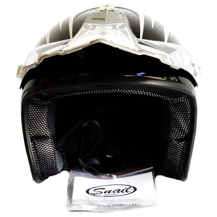 Snail Helm Half Face 606 Motocross Motif Wolf - Hitam  Model Helm Motocross tanpa kaca- Half Face membuat helm ini cocok digunakan untuk kegiatan mengendara harian ataupun offroad.
