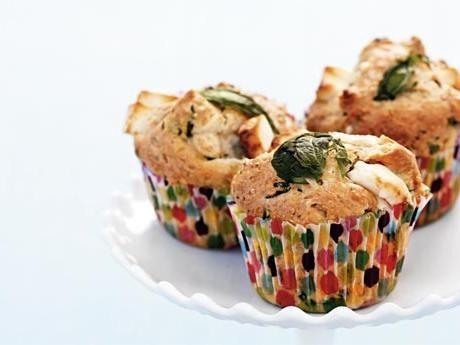 Variera gärna smaksättningen med getost och soltorkade tomater, eller timjan och kärnfria, hackade oliver.